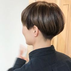 Super Short Bleached Style - Top 40 Hottest Very Short Hairstyles for Women - The Trending Hairstyle Asian Short Hair, Very Short Hair, Short Hair Cuts For Women, Short Hairstyles For Women, Messy Hairstyles, Short Hair Styles, Short Wedge Hairstyles, Edgy Hair, My Hairstyle