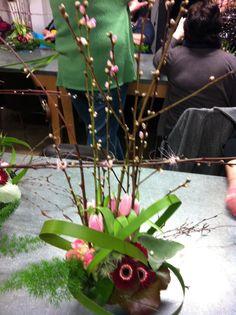 Voorjaars bloemstukje