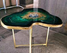 Original resin geode table   Etsy Epoxy Wood Table, Wood Resin, Resin Art, Resin Crafts, Black Coffee Tables, Modern Coffee Tables, Table Haute, Walnut Dining Table, Gold Table