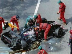 Wendlinger incidente Monaco 1994 Abu Dhabi, Grand Prix, Monaco, F1 Crash, Funny Pictures For Kids, Indy Cars, Car And Driver, F 1, Formula One