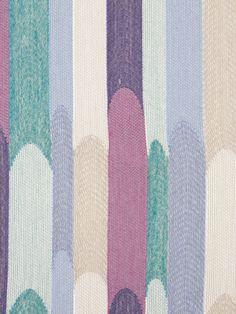 Robert Allen Compact Color in iris
