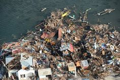 An aerial view of a fishing village in Guiwan town, devastated by super Typhoon Haiyan, in Samar province in central Philippines | Yolanda damage in Samar - Yahoo News Philippines