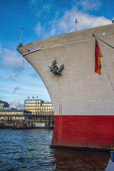 Bugansicht der Cap San Diego | Bildschönes Hamburg