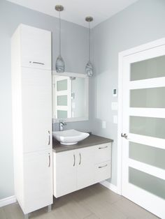 Eye-popping photo - look at our articles for many more inspirations! Bathroom Cupboards, Laundry Room Bathroom, Bathroom Plans, Family Bathroom, Small Bathroom, Washroom, Bathroom Ideas, Bedroom Cupboard Designs, Bathroom Styling