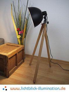 Bauhaus Tripod Steh Lampe Holz Dreibein Spot Art Deco Vintage Design Leuchte