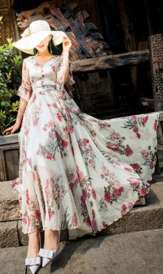 eBuyStudio Chiffon Lovers Vacation Floral Dress – #women  #dresses #fashion #shopping #ootd #ebuystudio Beautiful Dresses, Nice Dresses, Beautiful Beach, Maxi Dresses, Tall Girl Fashion, Woman Fashion, Floral Print Gowns, Trendy Suits, Long Gown Dress