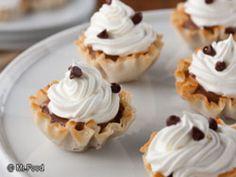 Yum... Id Pinch That! ~ Mini Chocolate Cream Pies