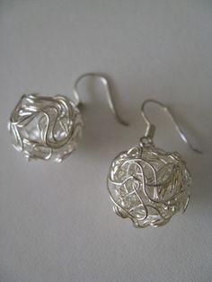 Silver wire balls