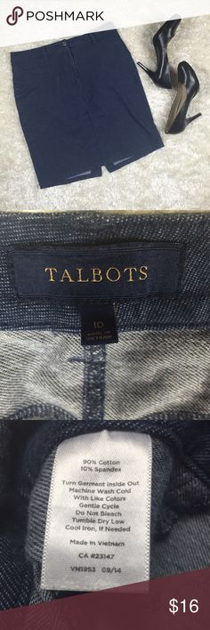 Talbots Blue Knee Length Skirt Size 10 Talbots casual skirt that zippers and buttons and has a belt loop. Two pockets and small slit in back. Talbots Skirts Pencil