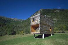 Roberto Briccola: casa campo, Vallemaggio #wood #cabin