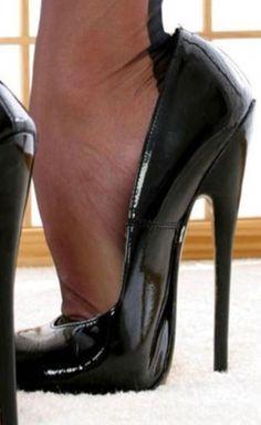 Sexy High Heels, High Heels Boots, Frauen In High Heels, Extreme High Heels, Beautiful High Heels, Super High Heels, Hot Heels, Platform High Heels, Lace Up Heels
