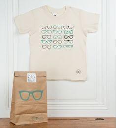 T-shirt pour enfants   lunettes   écru. Sérigraphie sur T-shirt en coton  bio American Apparel. Modèle assorti à la revue pour enfants Georges   N°  Lunettes. 73d4d08aa50
