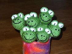 Finger_frogs_29_oct_2014_small2