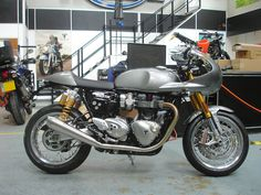 Triumph Thruxton R fitted with a Track Racer 'Inspiration Kit' Triumph Cafe Racer, Cafe Racer Bikes, Cafe Racers, British Motorcycles, Triumph Motorcycles, Cafe Racer Style, Car Insurance Rates, Cafe Racer Motorcycle, Bike Life