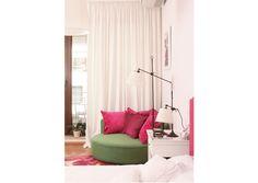 relaxing corner bedroom - image Casa Lux