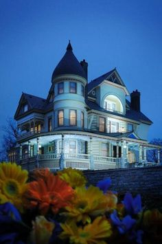 Victorian House, The Queen Anne Mansion, Eureka Springs, Arkansas Victorian Architecture, Beautiful Architecture, Beautiful Buildings, Beautiful Homes, Beautiful Places, Eureka Springs Arkansas, Victorian Style Homes, Victorian Era, Second Empire