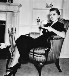 Joan Fontaine at home, 1938