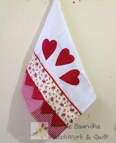 Flor de Baunilha Patchwork & Quilt Dish Towels, Hand Towels, Tea Towels, Patchwork Quilt, Quilts, Decorative Towels, Applique Designs, Kitchen Towels, Embroidery Applique