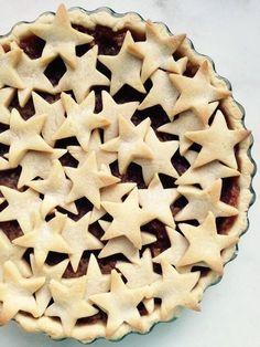 Elmalı Turta / İlk Tadışta Aşk Quiche, Biscuits, Prune, Sweet Cookies, Pie Dessert, Beautiful Cakes, Apple Pie, Tasty, Meals