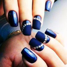 Navy Nail Art Designs to Inspire You Fashonails Beach Wedding Nails, Wedding Nails For Bride, Bride Nails, Navy Nail Art, Navy Blue Nails, Black And Blue Nails, Blue Gel, Dark Blue, Matte Nail Polish