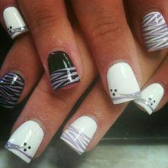 Black white and purple striped nailart