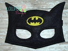 Artículos similares a Black Felt Super Hero Mask - Felt Mask - Dress Up - Bat en Etsy Batman Mask, Crochet Mask, Felt Mask, Superhero Room, Kids Dress Up, Super Hero Costumes, Hand Puppets, Black Felt, Mask For Kids