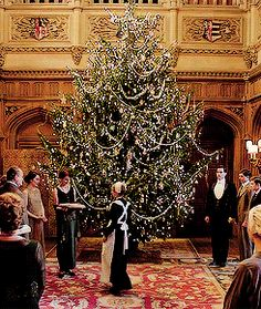 Christmas at downton abbey is the official festive collection from the much loved, award-winning television series, downton abbey. Description from localnewsz.info. I searched for this on bing.com/images