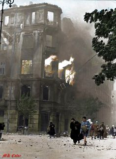 Fotografia z Powstania Warszawskiego 1944. Warsaw Uprising 1944.