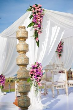 indian-beach-wedding-decor-4.jpg (466×700)