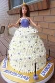 Barbie cake on platform