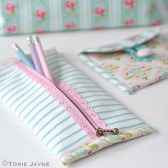 Sewing Crafts To Make and Sell - Pretty Lace Zip Pencil Case - Easy DIY Sewing Ideas To Make and Sell for Your Craft Business. Make Money with these Simple Gift Ideas, Free Patterns, Products from Fabric Scraps, Cute Kids Tutorials http://diyjoy.com/crafts-to-make-and-sell-sewing-ideas