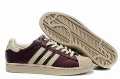 Sports/Adidas Superstar 2 (shell toes)