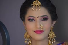 Marathi Nath, Balcony Railing Design, Glamorous Makeup, Beautiful Indian Actress, Girl Face, Indian Actresses, Septum Ring, Glamour, Lady