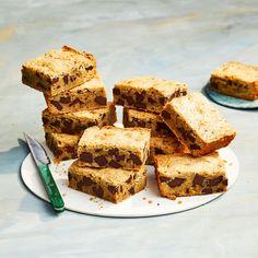 Best Brown Butter Blondies Make Ahead Desserts, Just Desserts, Cook Desserts, Party Desserts, Delicious Desserts, Lemon Dessert Recipes, Cookie Recipes, Brownie Recipes, Dinner Recipes