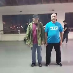 This is what I wanna be doing after I retire. Doesn't matter your age, you can still BUST A MOVE! The post This is what I wanna be doing after I retire. Funny Vid, Funny Clips, Funny Cute, Funny Jokes, Cool Dance Moves, Bust A Move, Dance Videos, Just Dance, I Laughed