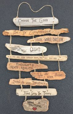 Family Rules Driftwood Sign Collage by DestinationTree - Wohnkultur Ideen - Deco Home Driftwood Signs, Driftwood Projects, Driftwood Sculpture, Driftwood Art, Driftwood Mobile, Driftwood Ideas, Painted Driftwood, Diy Projects, Painted Wood