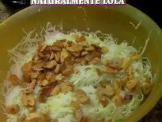 Ensalada de col con ajos fritos de Adamuz