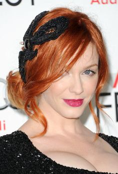 Bare face with a berry lip against Christina Hendricks to die for red hair - LOVE it
