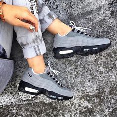 #TRENDINSPO: Air Max 95 - Wolf Grey/Black