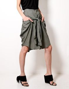 DIY shirt skirt #skirt ..would love to break out the sewing machine and try this one