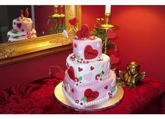 3 tier heart Cakes | This 3 tier cake was created using the Wilton set of mini heart shaped ...