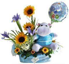 imagen de FElicitaciones para embarazadas - Buscar con Google Floral Arrangements, Flower Arrangement, Candyland, Clipart, Beautiful Flowers, Centerpieces, Baby Showers, Babys, Box