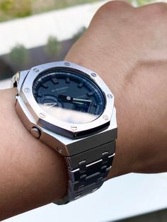 Casual Watches, Cool Watches, G Shock Watches Mens, Luxury Watches For Men, Stylish Watches For Men, White Nike Shoes, Casio Watch, Nerd Chic, Smartwatch