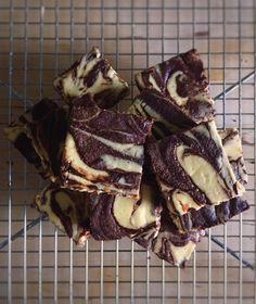 Easily the best thing I've made so far doing keto – Cheesecake brownies