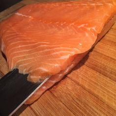 Gevulde zalmfilet uit de oven – Samen Bourgondisch Food And Drink, Fish, Meat, Om, Wordpress, Salads, Seeds