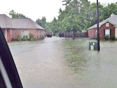 More Tommy Moore Road Flooding in Gonzales LA near Woodrun Subdivision in May 2014