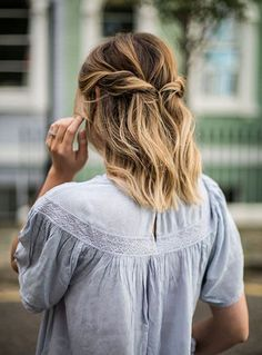 Coiffure carré long 2020 : 50 idées de coiffures carré long - Lucette Prom Hairstyles For Short Hair, Trending Hairstyles, Formal Hairstyles, Summer Hairstyles, Cute Hairstyles, Braided Hairstyles, Hairstyle Ideas, Beautiful Hairstyles, Fringe Hairstyle