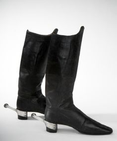 BRIEF DESCRIPTION  Black leather boot  NAME  Manufacturer :Carl Johan Fagerberg  Owner :Oscar I of Sweden-Norway  DATING  1840's  OTHER KEYWORDS  boot  COLLECTION OF THE  Royal Armoury  INVENTORY NUMBER  31278 (3550: h)