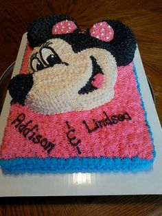 minnie mouse sheet cake all buttercream icing and decorations 1000