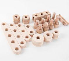 Wooden construction blocks / drewniane klocki konstrukcyjne